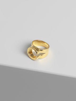 Alphabet ring C