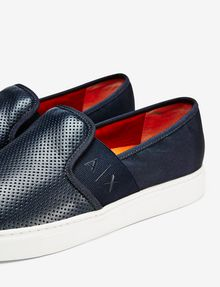 ARMANI EXCHANGE PERFORATED LOGO SLIP-ON Sneakers U e