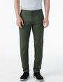 ARMANI EXCHANGE SLIM FIT CHINO Chino Pant U f