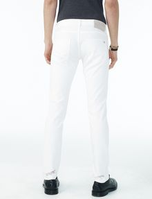 ARMANI EXCHANGE SHREDDED WHITE SLIM FIT JEAN Slim Fit Denim U r