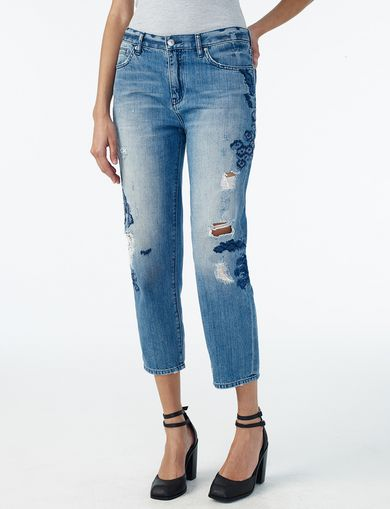 ARMANI EXCHANGE EMBROIDERED BOYFRIEND JEAN Woman front