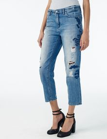 ARMANI EXCHANGE EMBROIDERED BOYFRIEND JEAN Jean D d