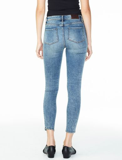 ARMANI EXCHANGE MEDIUM WASH SUPER-SKINNY JEAN Woman retro