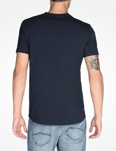 SIGNATURE V-NECK T-SHIRT