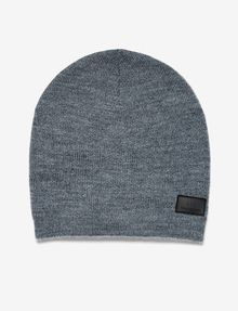 ARMANI EXCHANGE RUBBER LOGO PATCH BEANIE Hat U f