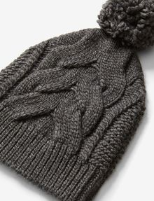 ARMANI EXCHANGE CABLE-KNIT POMPOM HAT Hat D e