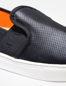 ARMANI EXCHANGE PERFORATED SLIP-ON SNEAKERS SLIP-ON [*** pickupInStoreShippingNotGuaranteed_info ***] a