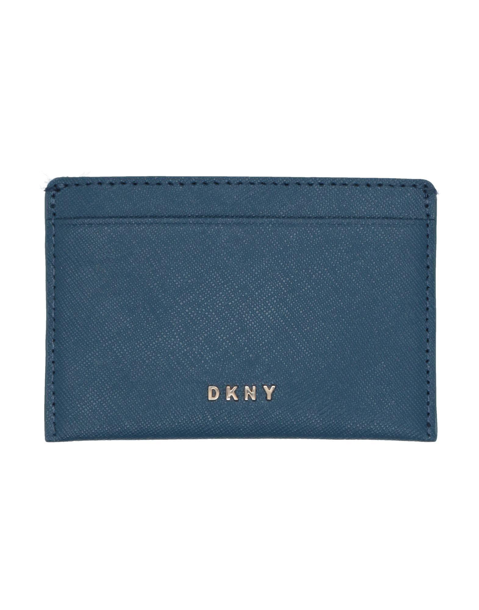 цена DKNY Чехол для документов онлайн в 2017 году