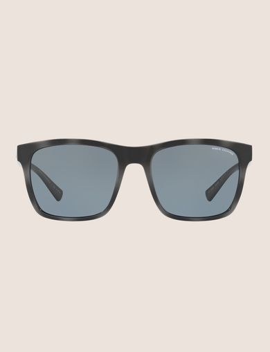 SLEEK BLACK RETRO SUNGLASSES