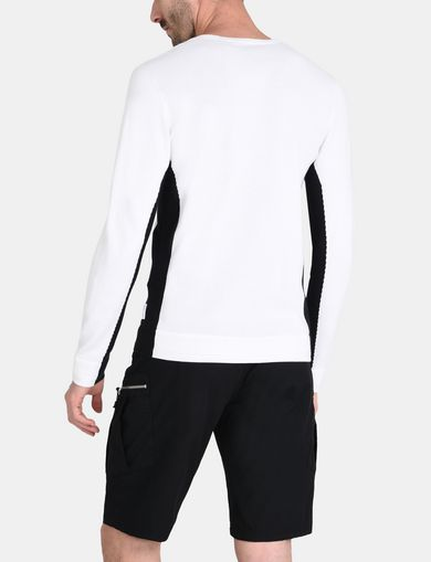 COLORBLOCK SIGNATURE V-NECK SWEATER