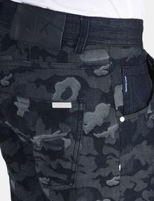 ARMANI EXCHANGE CAMO JACQUARD STRAIGHT FIT JEANS STRAIGHT FIT JEANS Man e