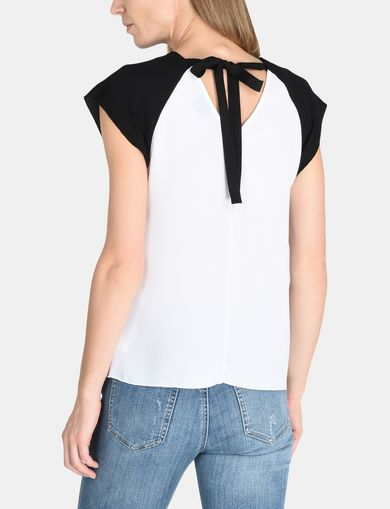 COLORBLOCK TIE-BACK TEE