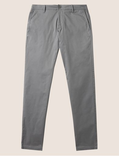 CLASSIC SLIM-FIT CHINO PANT
