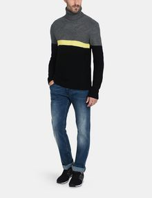 ARMANI EXCHANGE COLORBLOCK ZIGZAG CABLE TURTLENECK Pullover Man a