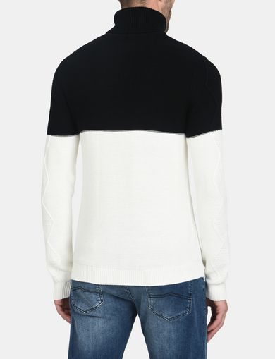 COLORBLOCK ZIGZAG CABLE TURTLENECK