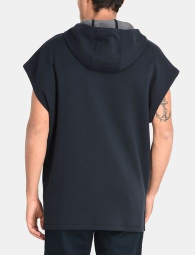 SLEEVELESS LOGO PATCH HOODIE