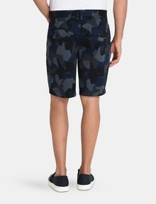 ARMANI EXCHANGE PRINT CHINO SHORTS Chino Short U r