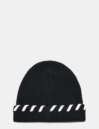 BLANKET STITCH WOOL BEANIE