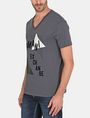 ARMANI EXCHANGE MOD TRIANGLE V-NECK Logo T-shirt Man d