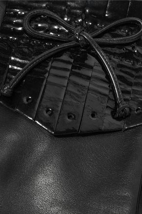 CAUSSE GANTIER Patent-leather trimmed fringed leather gloves