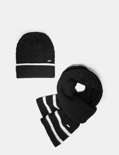 CABLE-KNIT BEANIE AND SCARF SET