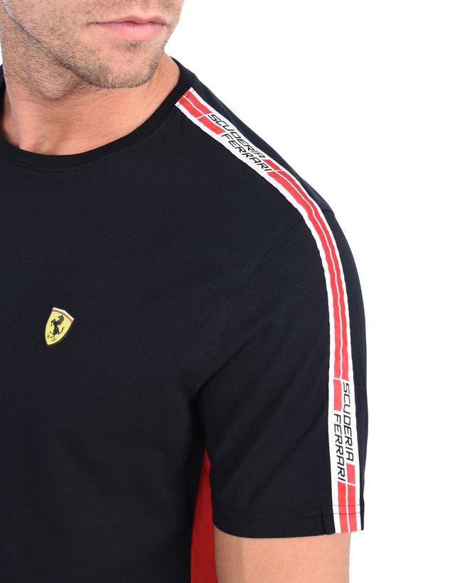 Scuderia Ferrari Online Store - Футболка Scuderia Ferrari с тесьмой Icon Tape - Футболки с короткими рукавами