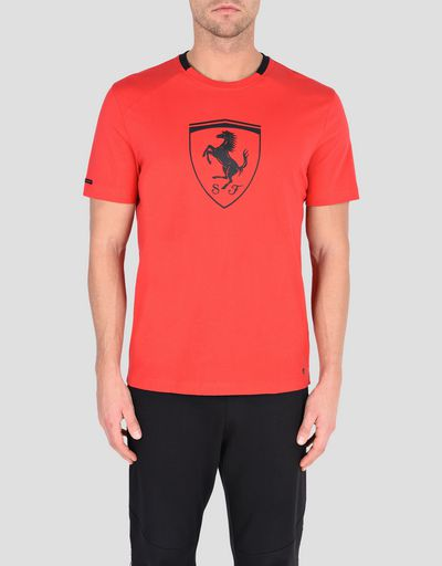 273f63babe0a Men s short-sleeve t-shirt with black Shield ...