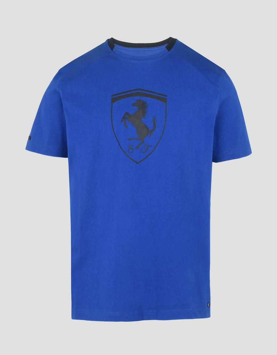 Scuderia Ferrari Online Store - Мужская футболка с короткими рукавами и чёрный логотипом Scudetto Ferrari - Футболки с короткими рукавами