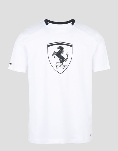 Scuderia Ferrari Online Store - Men's short-sleeve t-shirt with black Shield - Short Sleeve T-Shirts