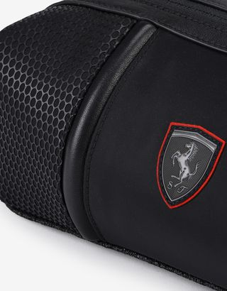 Scuderia Ferrari Online Store - Beauty case viaggio Hypergrid in speciale materiale tecnico - Beauty Case