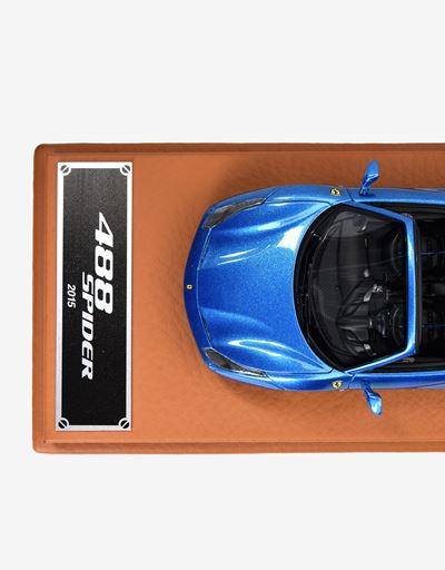 Scuderia Ferrari Online Store - 488 Spider model in 1:43 scale - Car Models 01:43