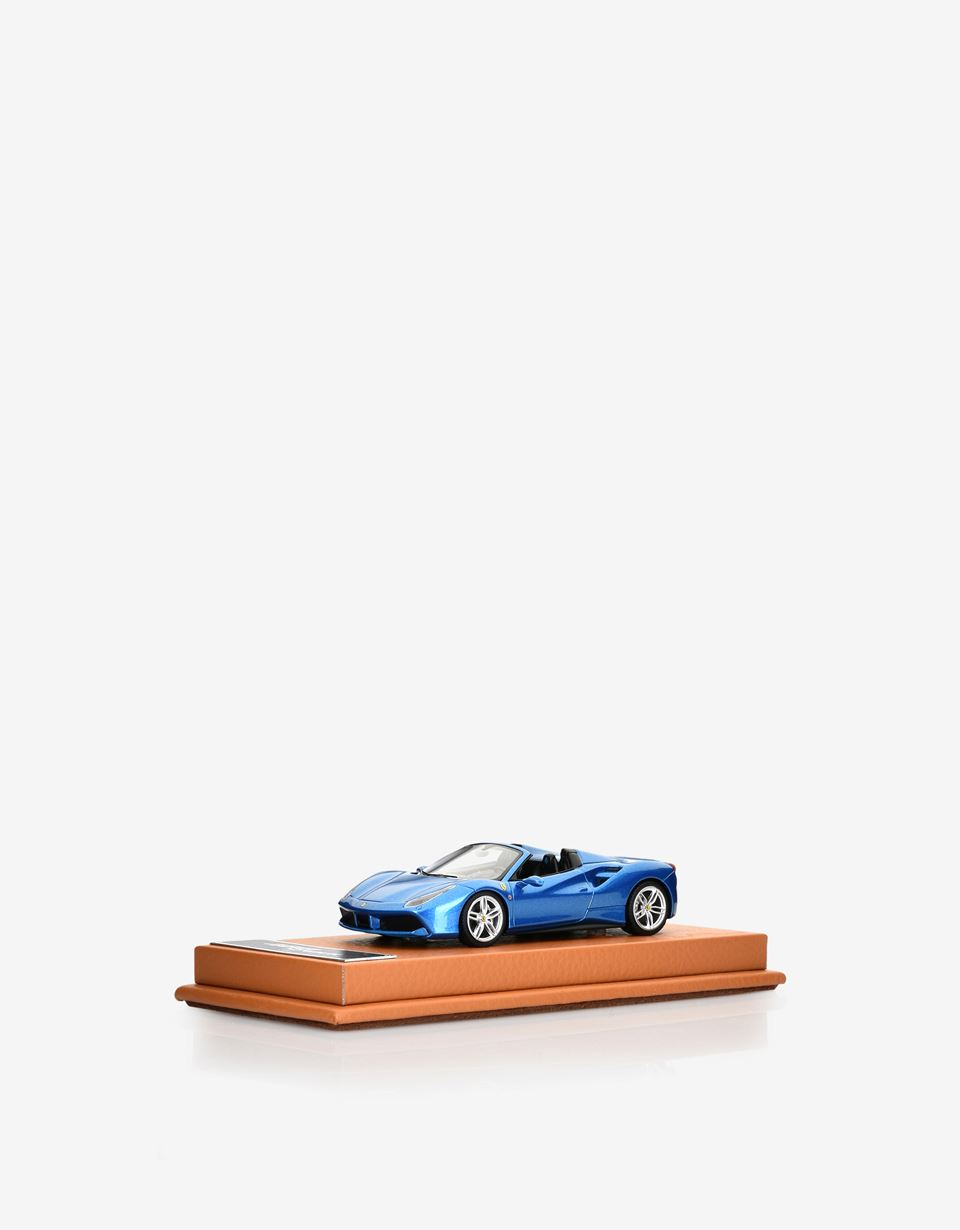 Scuderia Ferrari Online Store - Ferrari 488 Spider 1:43 scale model - Car Models 01:43
