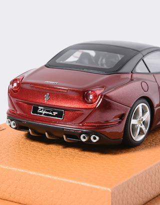 Scuderia Ferrari Online Store - Modèle réduit Ferrari California T à l'échelle 1/43 - Modèles réduits voiture 1:43