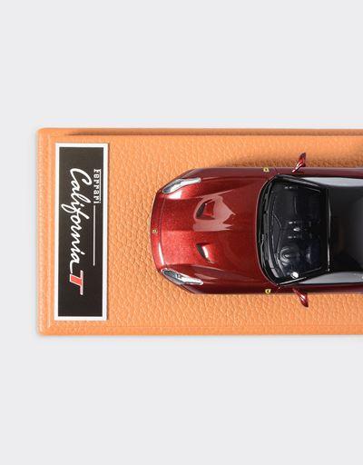 Scuderia Ferrari Online Store - Modellino Ferrari California T in scala 1:43 - Modellini Auto 1:43