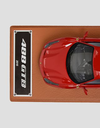 Scuderia Ferrari Online Store - 1:43 scale model of the 488 GTB - Car Models 01:43