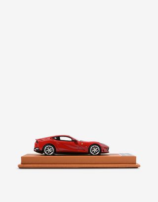 Scuderia Ferrari Online Store - Ferrari 812 Superfast model in 1:43 scale - Car Models 01:43