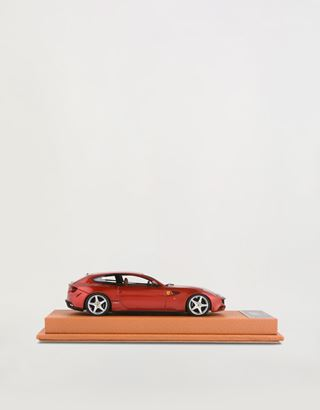 Scuderia Ferrari Online Store - FerrariFF 1:43 scale model - Car Models 01:43
