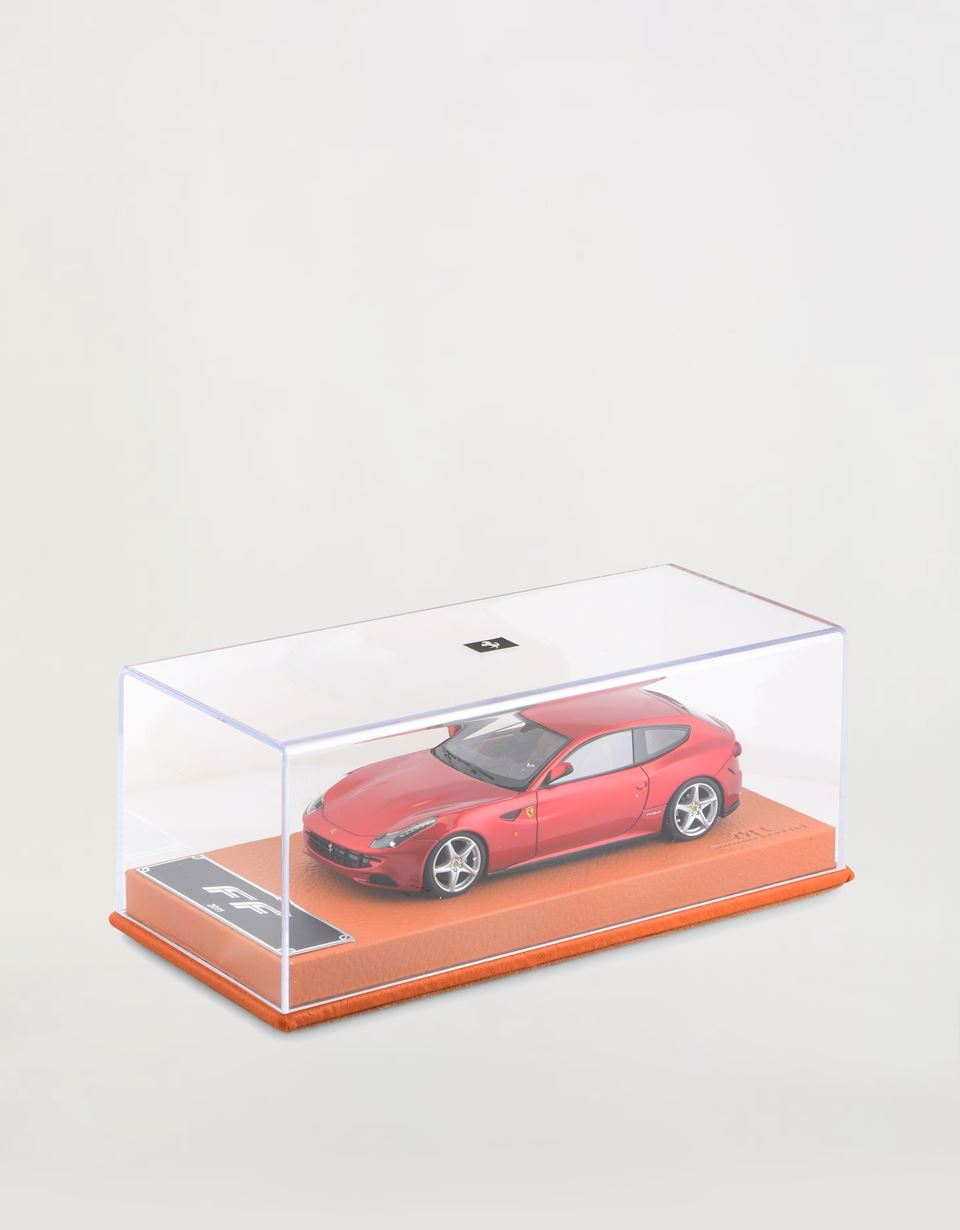 Scuderia Ferrari Online Store - 1:43 scale model of the Ferrari FF - Car Models 01:43
