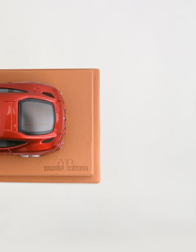 Scuderia Ferrari Online Store - Ferrari F12berlinetta model in 1:43 scale - Car Models 01:43