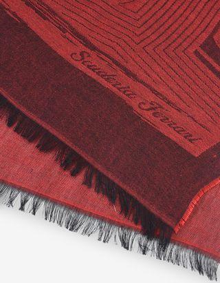 Scuderia Ferrari Online Store - Square jacquard scarf with Ferrari Shield - Foulards