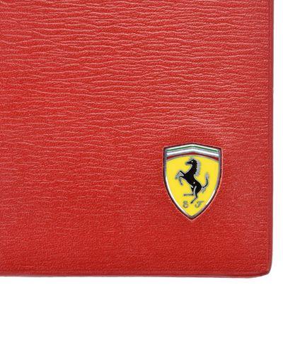 Scuderia Ferrari Online Store - Men's boarded calfskin leather and carbon fiber card holder - Credit Card Holders
