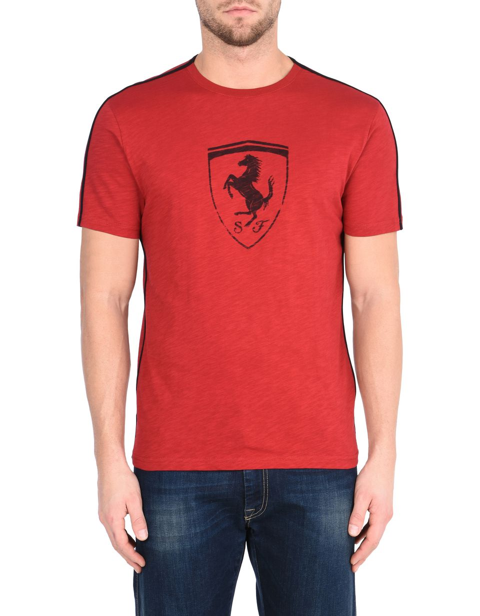 Scuderia Ferrari Online Store - Men's crewneck T-shirt with Shield -