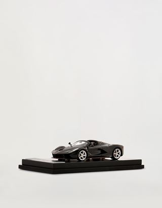 Scuderia Ferrari Online Store - LaFerrari Aperta model in 1:43 scale - Car Models 01:43