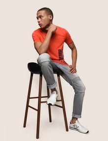 ARMANI EXCHANGE PLACED PRINT TICKER V-NECK Logo T-shirt Man a