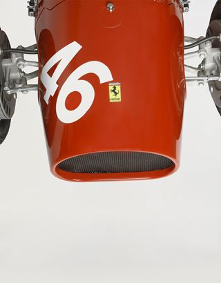 Scuderia Ferrari Online Store - Ferrari 500 F2 1:1.8 scale reproduction - Car Models 01:18