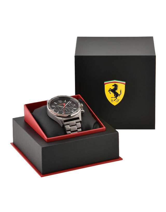Scuderia Ferrari Online Store - Limited edition Pilota Chronograph watch - Chrono Watches