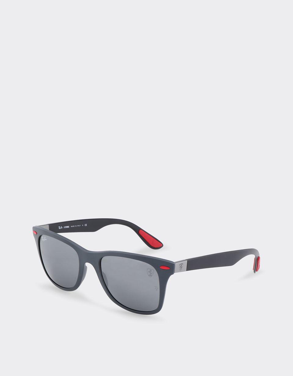 Scuderia Ferrari Online Store - Ray-Ban for Scuderia Ferrari Wayfarer Lite Force grigio opaco 0RB4195M - Occhiali da Sole