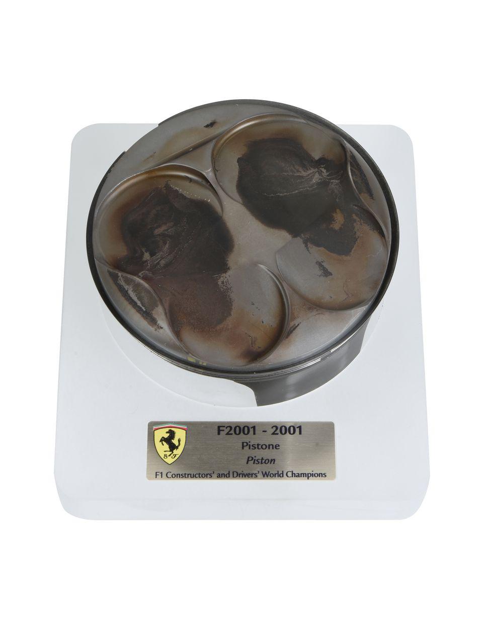 Scuderia Ferrari Online Store - Pistone F2001 - Memorabilia F1
