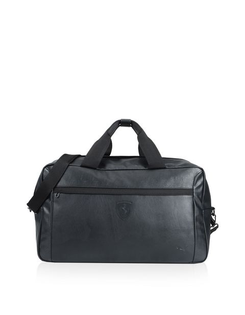 Travel holdall with shoulder strap