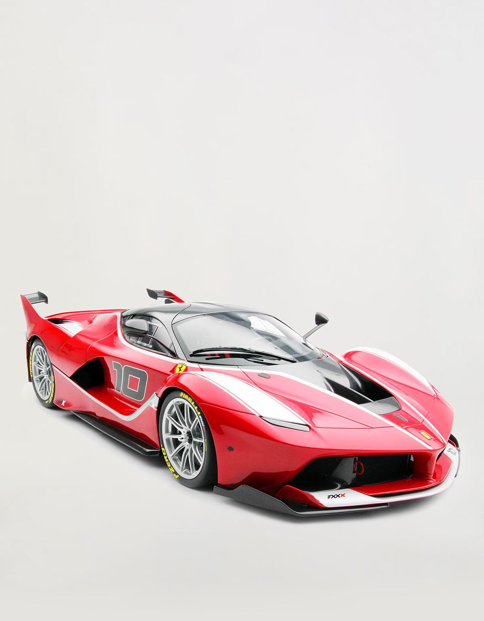 Scuderia Ferrari Online Store - FXX-K model in 1:8 scale - Car Models 1_1.8
